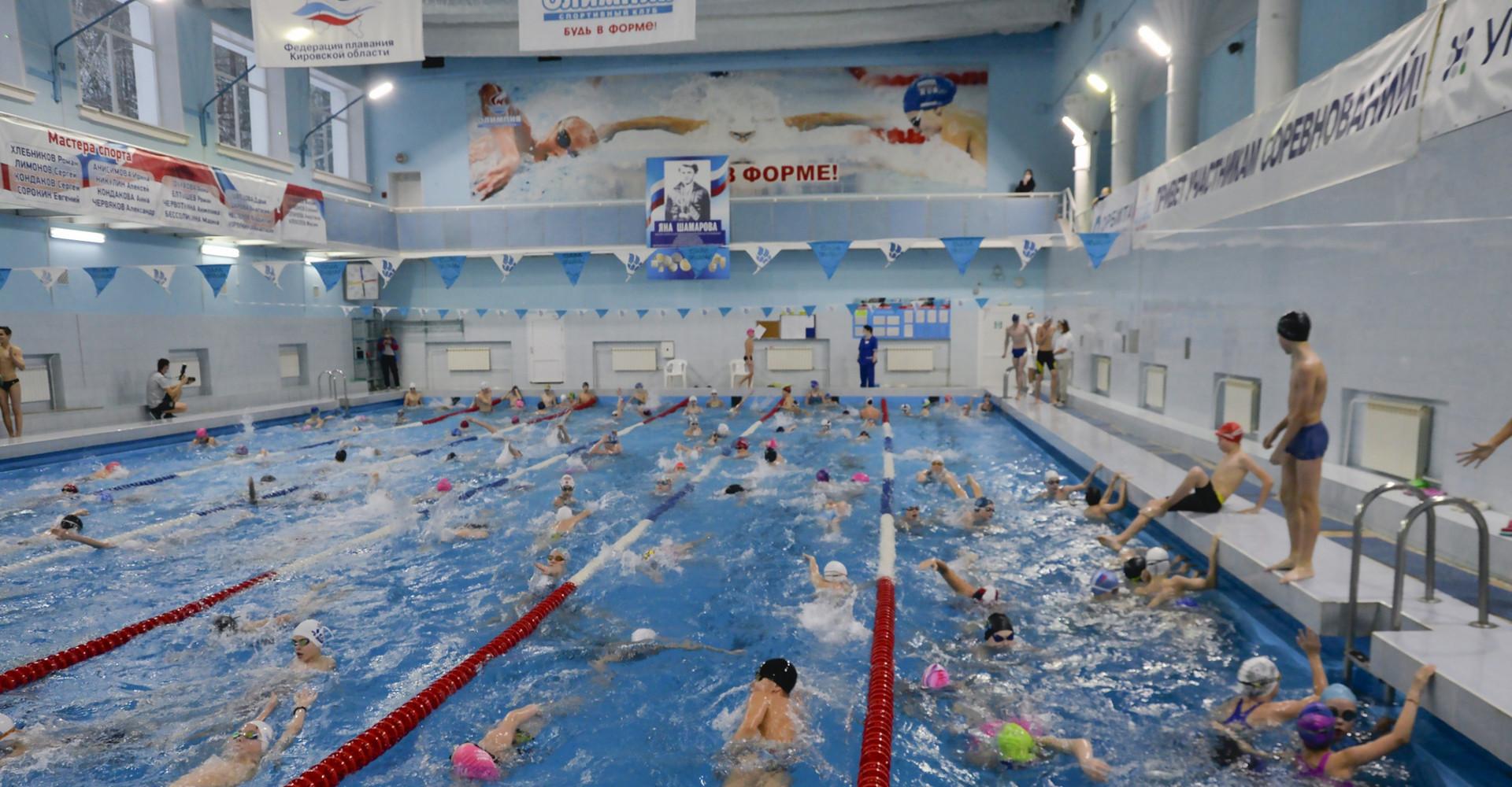 Новые рекорды юных пловцов в Кирово-Чепецке